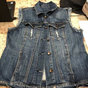 Kut from the Kloth Sleeveless Denim Vest Size L